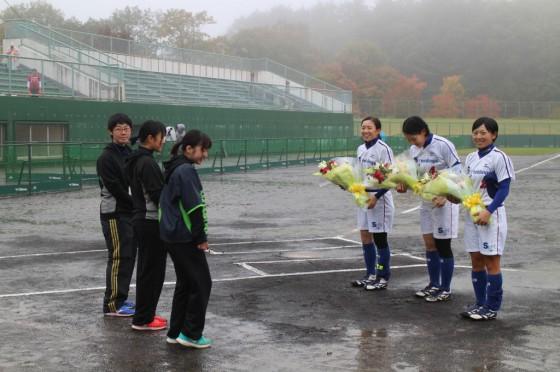 ④県出身選手花束贈呈